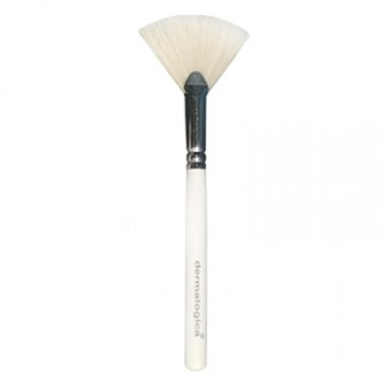dermalogica-fan-brush